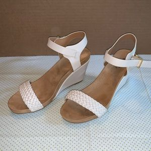 Qupuid Cream Wedge with Braided Strap